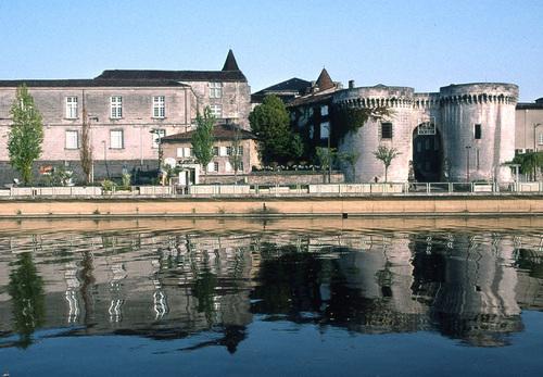 Cognac, La porte St-Jacques